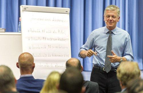 Vortragn von Dr.-Reinhard-K.-Sprenger