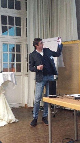 Referent Richard Röhrhoff über den Oberbürgermeister-Wahlkampf 2015