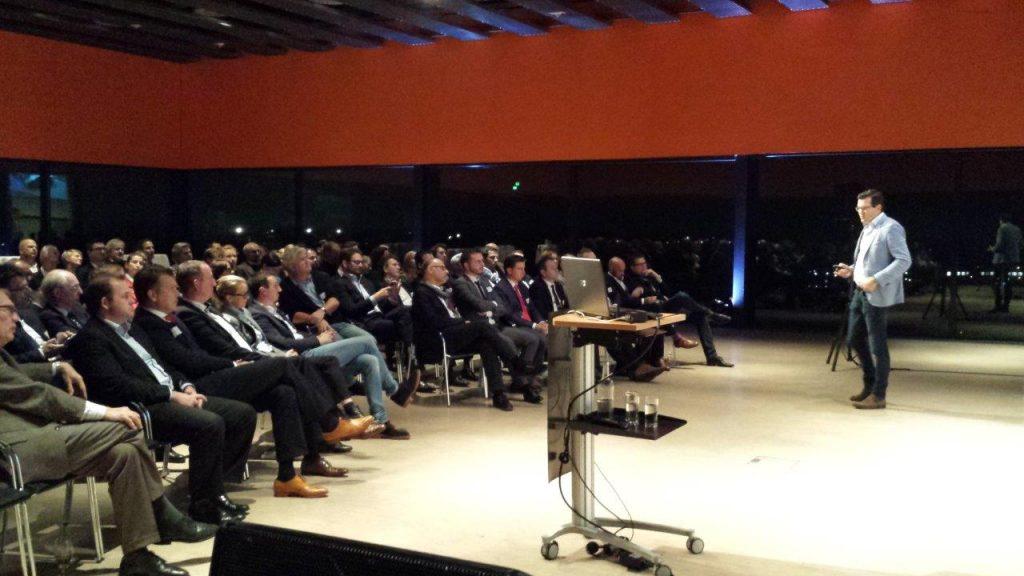 Mercedes-Benz reinvented - Clubabend auf Zollverein vor vollem Haus